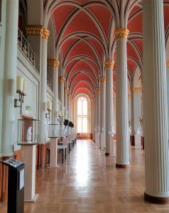 Säulensaal